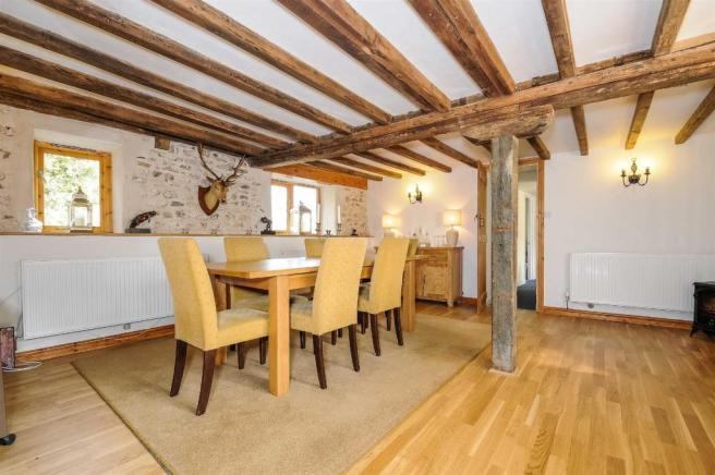 Dining room in Mill