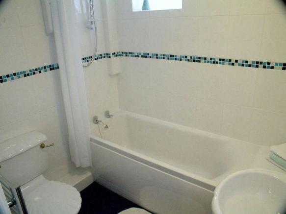 Flat Bathroom