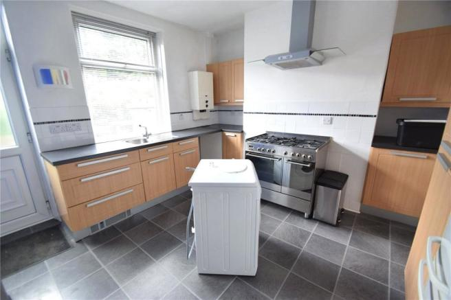 Yorkshire Terrace: 3 Bedroom Terraced House For Sale In Upper Calton