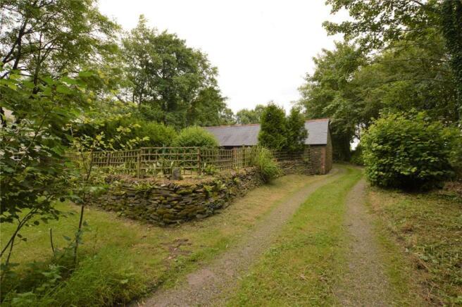 Drive & Cottage