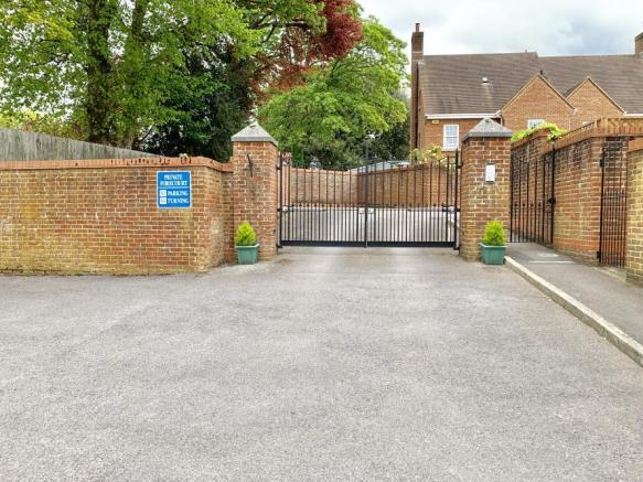 Approach & gates to property