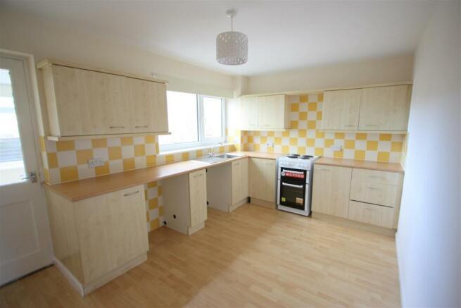 20 Bosworgey Close Kitchen