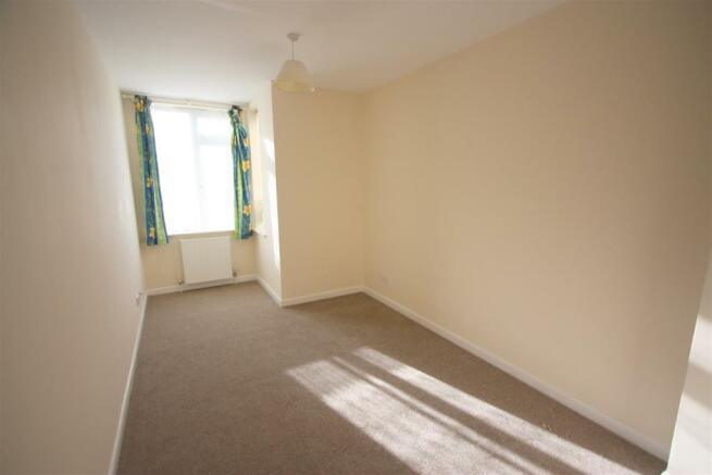 1 Dandre Apartments Bedroom 1