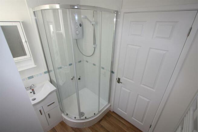 Flat 1, 3 Gover Lane Shower Room