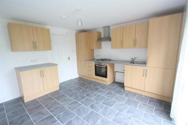 87 Polwhele Road Kitchen