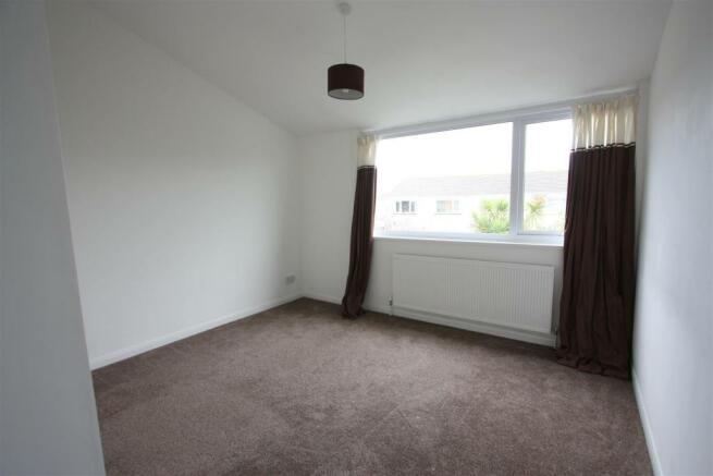 87 Polwhele Road Bedroom 1