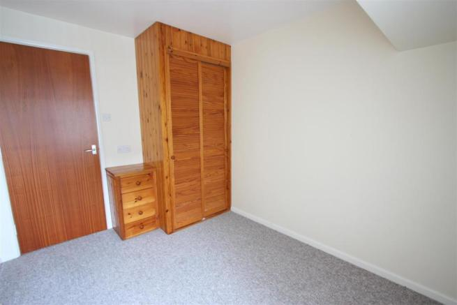 Flat 3, 56 Fore Street Bedroom 2