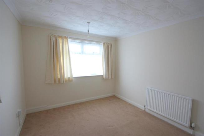 First Floor, 29 Crantock Street Bedroom 1