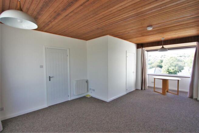 4 Mellanvrane Lane Living Room
