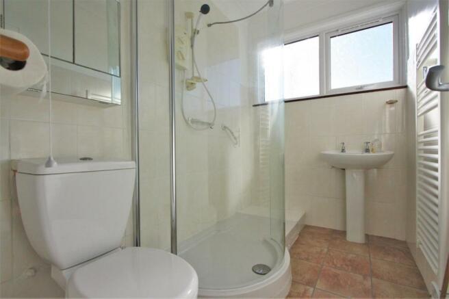 4 Mellanvrane Lane Shower Room