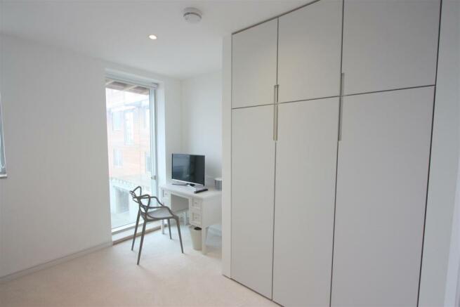 2 Towan Heights Bedroom 1
