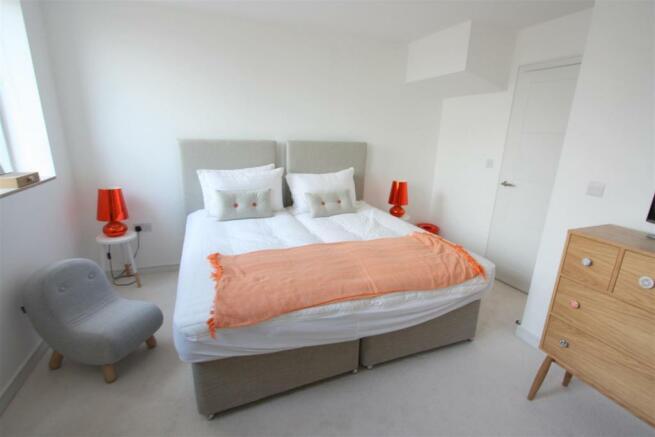 2 Towan Heights Bedroom 2