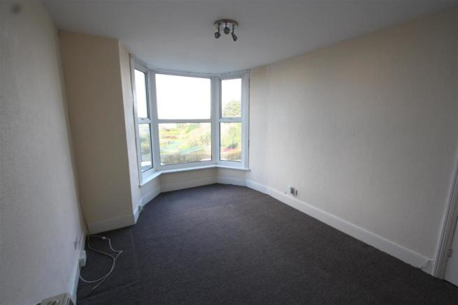 First Floor Flat 38, Tower Road Lounge