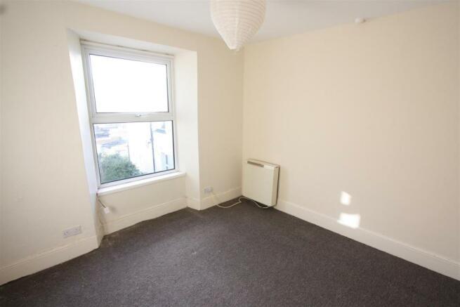 First Floor Flat 38, Tower Road Bedroom 1