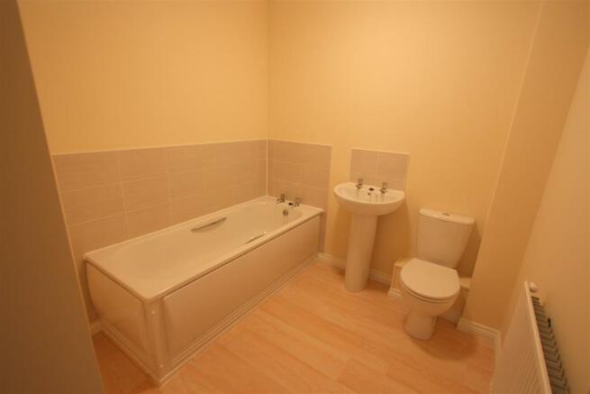 35 Cavendish Crescent Bathroom