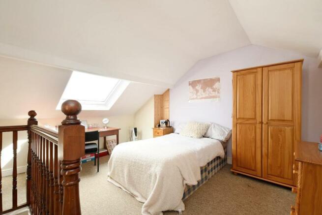 3 Beehive Road, bedroom 4.jpg