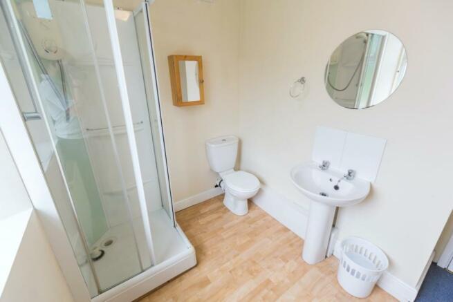 16-Watson-Road-shower room.jpg