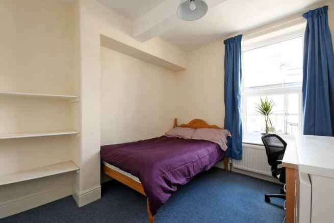 9 Cobden Place, bedroom 2.jpg