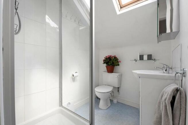 9 Cobden Place, shower room 2.jpg