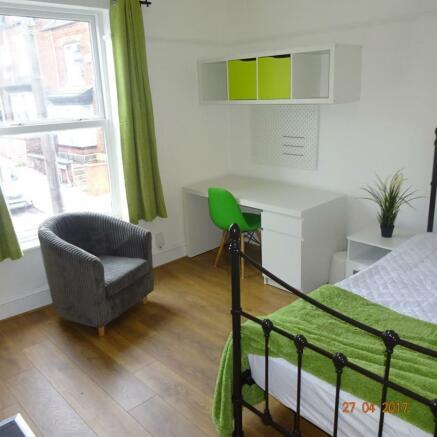 Boyce St bedroom 1.JPG