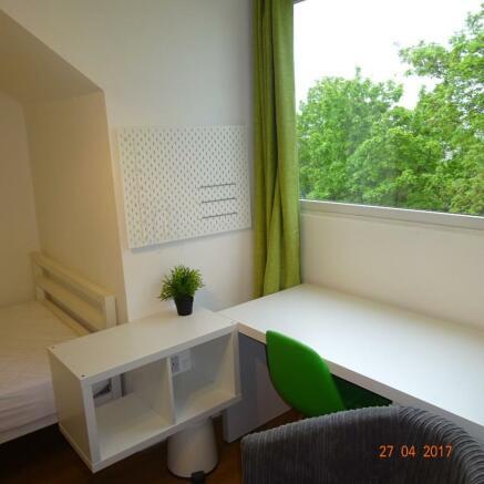 Boyce St bedroom 3 pic 1.JPG