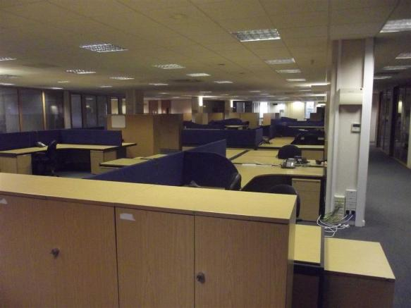 BUILDINGS 7 & 8 - SERVICED OFFICES