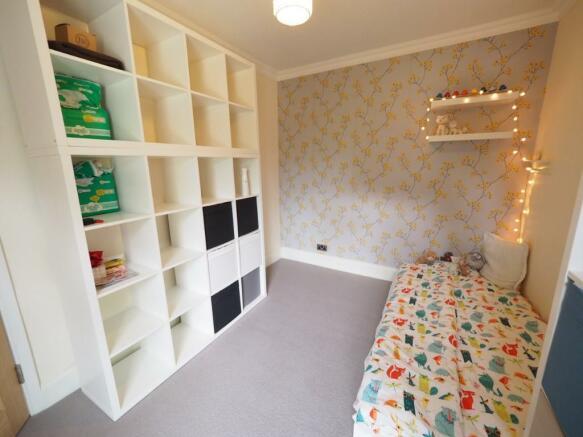 Bedroom No 2 pic 1