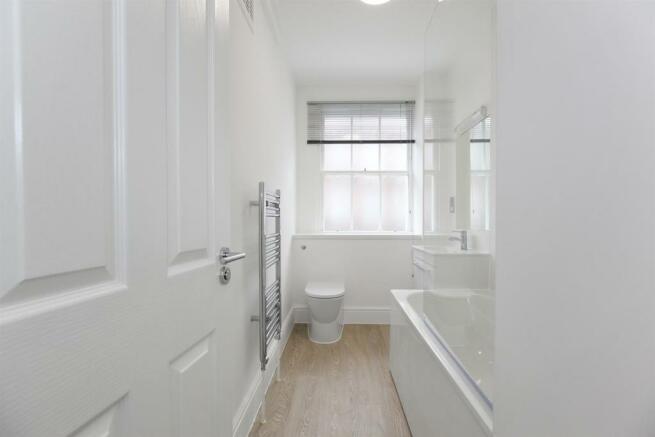 CABPeaBody, G9 Southwark Street, SE1 0TW-Bathroom.