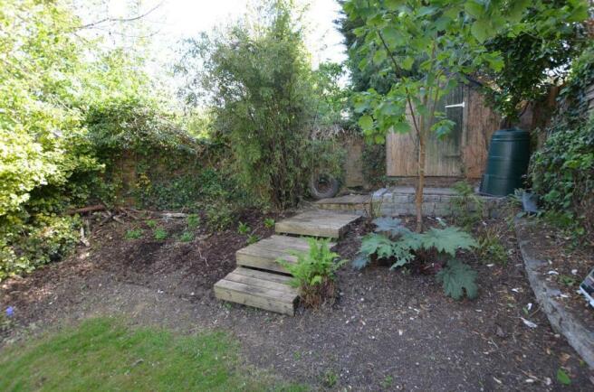 Rear garden 3.jpg