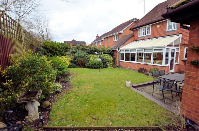Rear garden rear view 1.jpg
