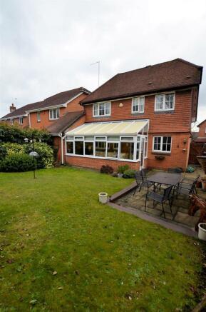 Rear garden rear view v.jpg