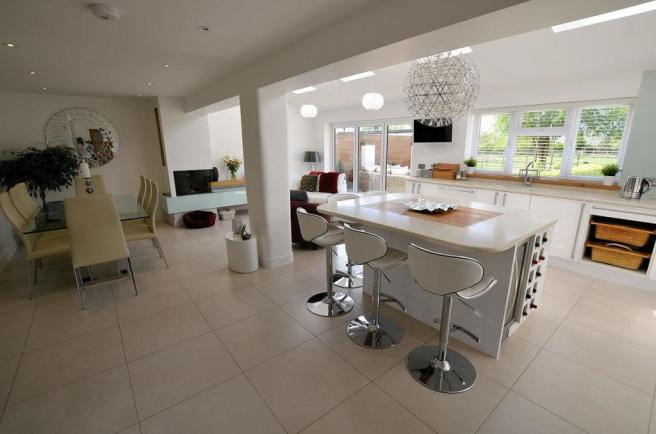 Kitchen dining family room a.jpg