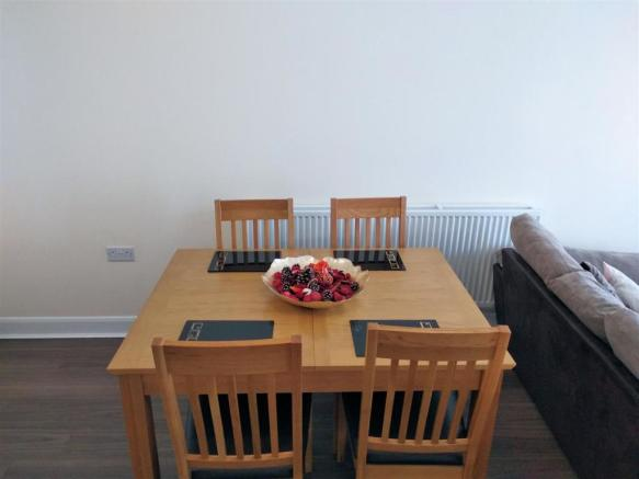 13. Dining Area.jpg
