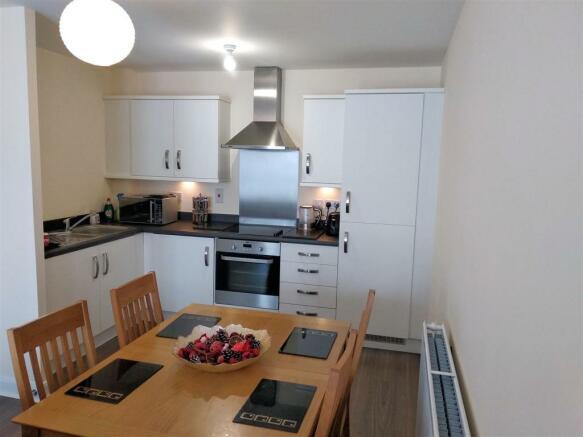 14. Kitchen & Dining Area.jpg