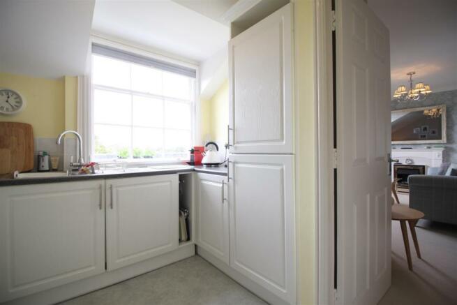 Apartment M - Kitchen 3.JPG