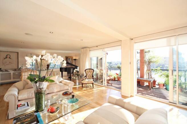 Reception & Balcony
