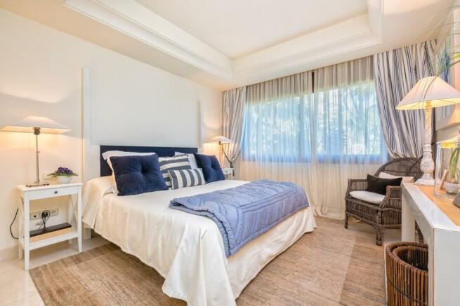Bedroom 3 (Large)