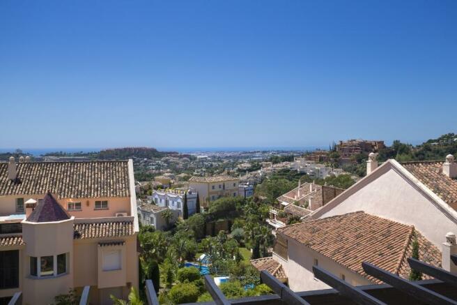 Views (1)