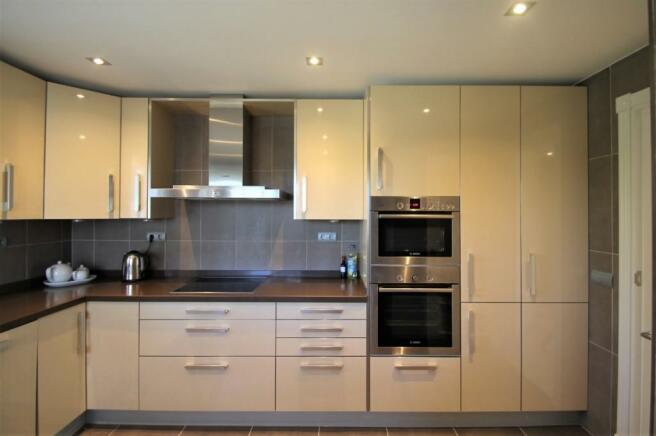 Kitchen_b