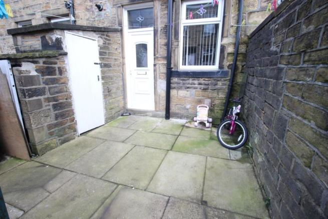 Yorkshire Terrace: 3 Bedroom Terraced House For Sale In Park Grove, Keighley