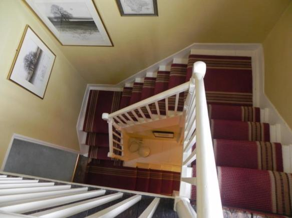 https://s3-eu-west-1.amazonaws.com/propertylab/allanmorris/property-images/standard/2382_54 Bridge Street - Stairwell.JPG