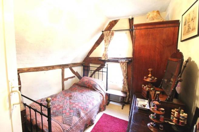 https://s3-eu-west-1.amazonaws.com/propertylab/allanmorris/property-images/standard/4507_The Old Post Office - Bedroom Two 2 new.JPG
