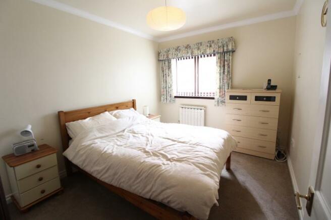 https://s3-eu-west-1.amazonaws.com/propertylab/allanmorris/property-images/standard/4883_9 Weir Gardens - Bedroom.JPG