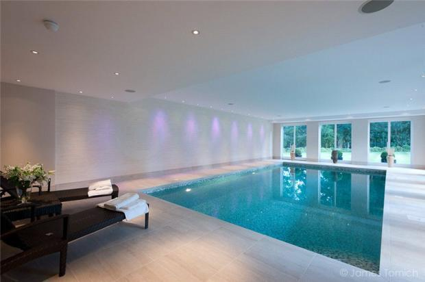 6 bedroom detached house for sale in coombe park kingston - Swimming pools in kingston upon thames ...