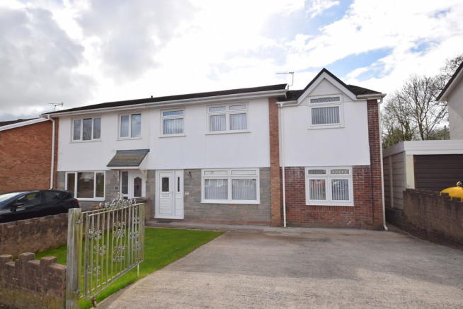 4 bedroom semi-detached house for sale in 6 Swn Y Nant, Pencoed