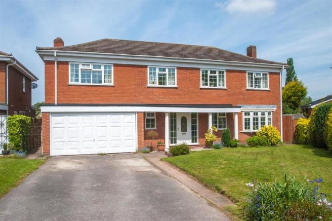5 Bedroom Detached House For Sale In Bramley Way Whittington Ws14