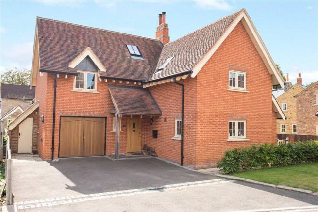 4 Bedroom Detached House For Sale In Elm Farm Close