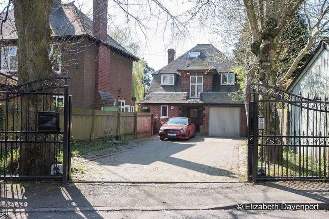Paved Gated Dr...