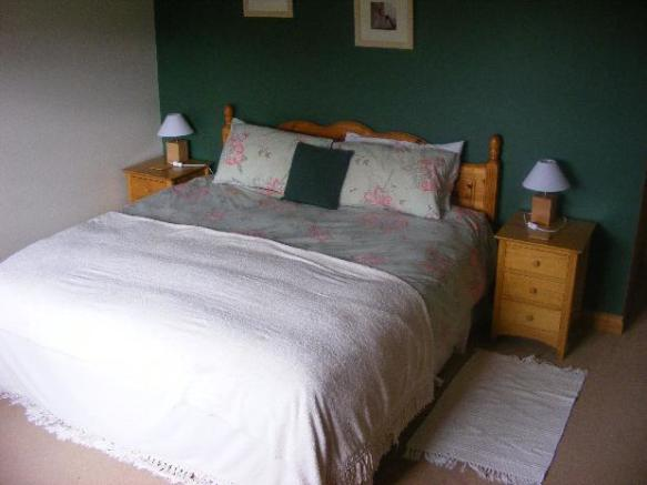 bedroom 3 en-suite