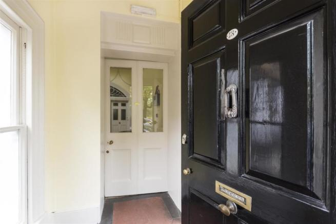 Flat 1, 13 Grosvenor Place, Bath, BA1 6AX-3.jpg
